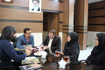 نشست رئیس روابط عمومی و امور بین الملل با رئیس دانشکده طب ایرانی دانشگاه علوم پزشکی بابل به مناسبت روز طب ایرانی